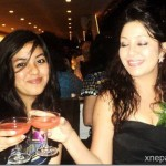 karishma-with-her-daughter-cheers.jpg