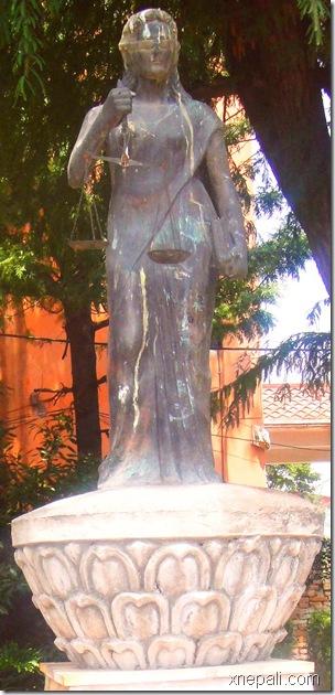 law_statue_law_campus_kathmandu