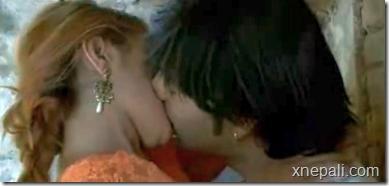 atm_kiss_scene