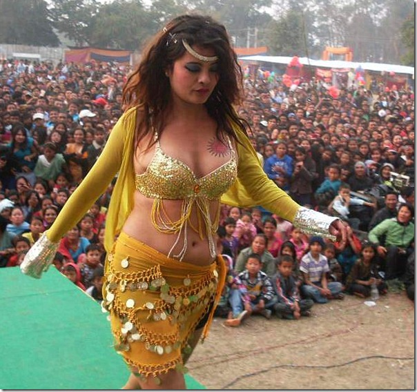 sushma_karki_crowd_sexy_dress
