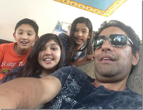 paras shah with his children