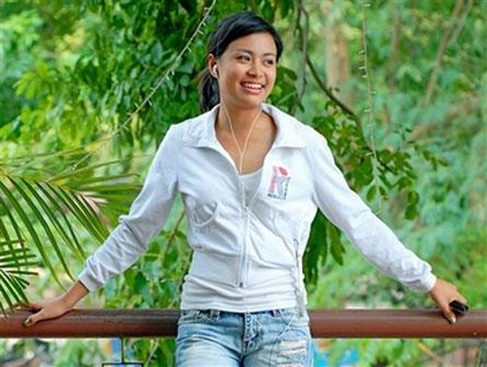 vietnam paris hilton Hoang Thuy Linh