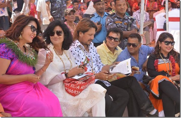 karishma manandhar with other artists