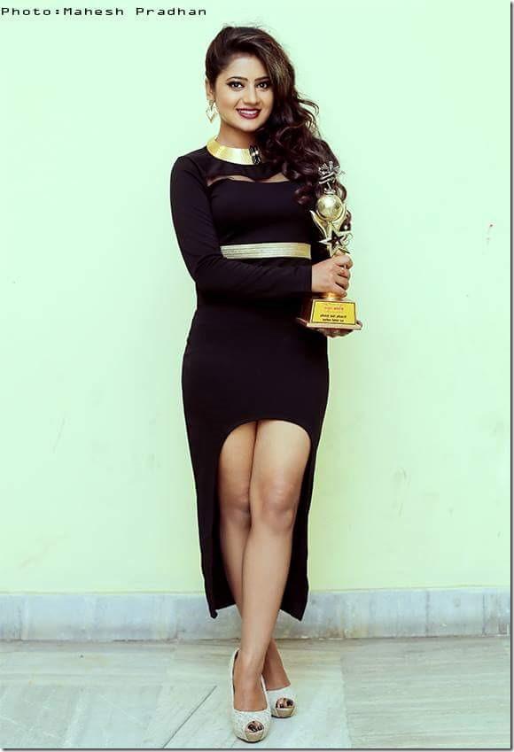 Keki Adhikari nudes (62 fotos) Gallery, Twitter, cleavage