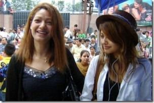 BinaBudhathoki_with_daughter samana