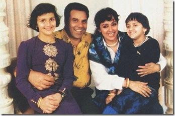 dharmendra-hema-family'
