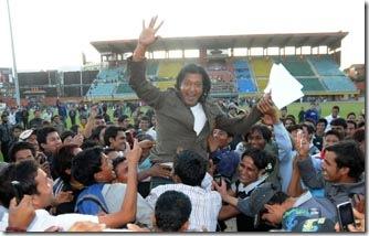 Nepali film's super star Rajesh Hamal with his fans after the friendly match between Artists Team and Journalist Team at Dashrath Stadium in Kathmandu on Saturday, November 07, 2009. Artists team beats journalist team by 3-1. Photo: Dipesh Shrestha/Nagarik/Republica