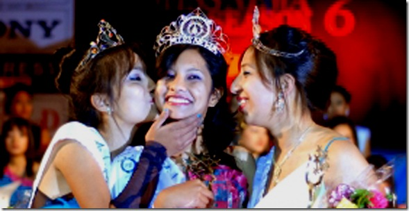 lasata-kissing-miss-newa-2010-sugena-shakya