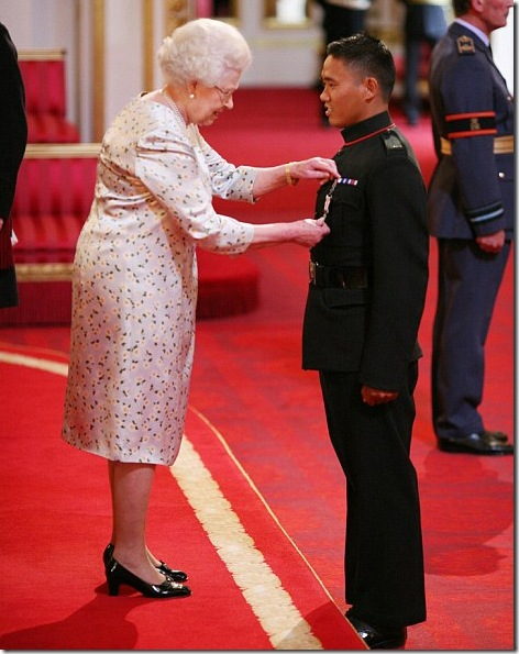 Dip_Prasad_Pun_queen-award-medal