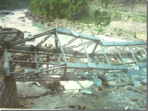 bridge_collapse_before_completion