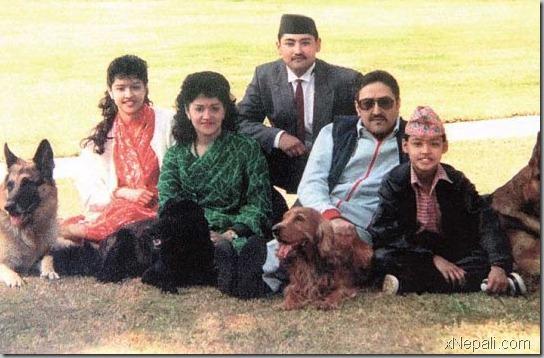 king_birendra_family