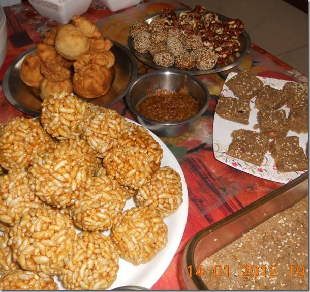 Laddu_and_sweets_maghe_sakranti