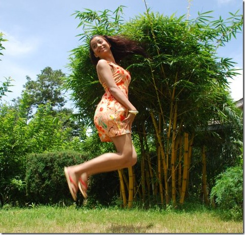 binita_jumping