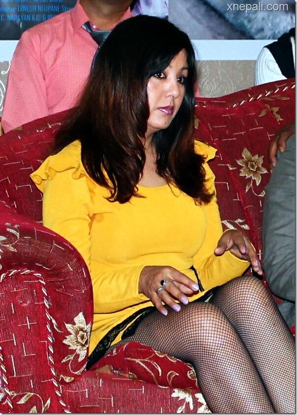 karishma shows ... yellow skirts