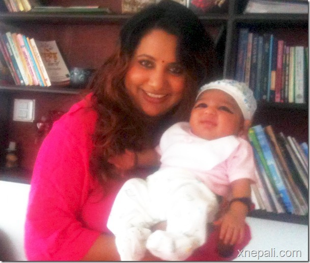 richa ghimire with son
