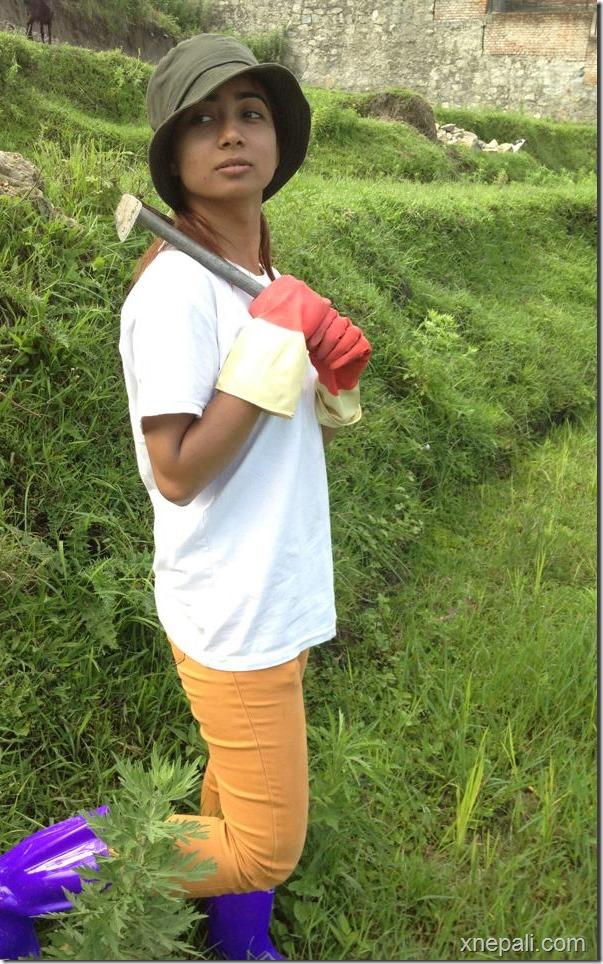 binita baral with tool
