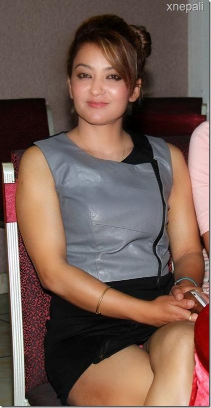 jharana thapa shows undies2