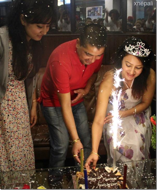 Jharana Thapa marriage anniversary9