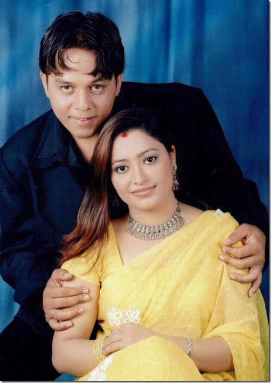 dilip rayamajhi with wife