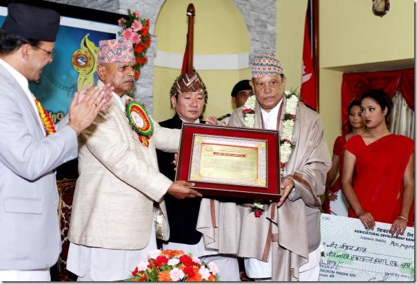 Shah Receives Chalchitra Dirgha Sadhana Samman 2071