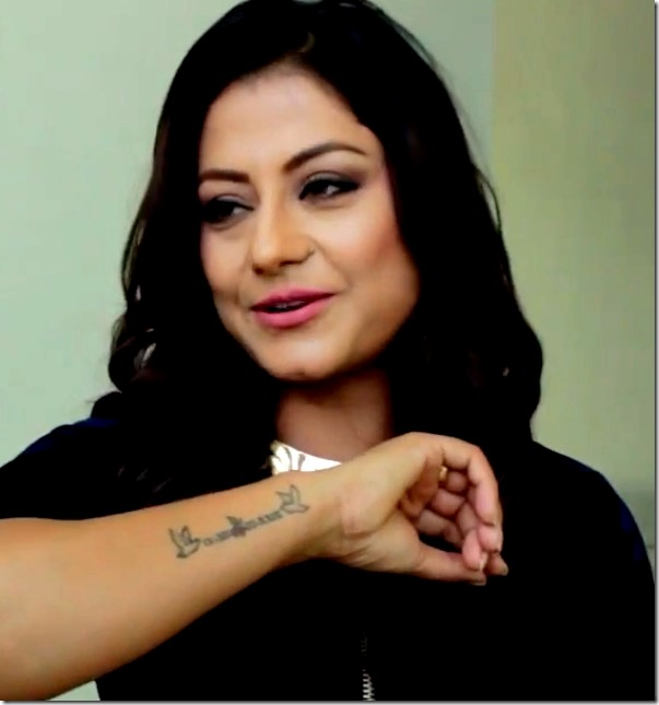 shweta khadka shows tattoo