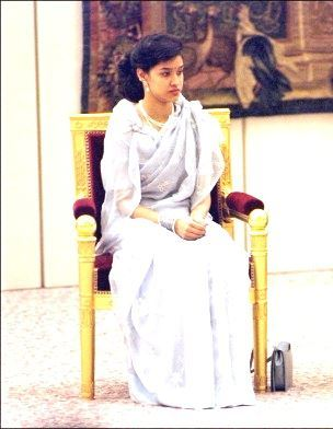 Princess-Shruti-1994 -France visit